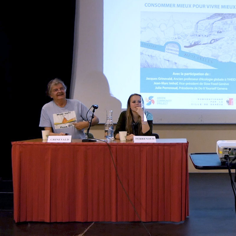 Photo of Jacques Grinewald and Julie Perrenoud at a Green Community Project conference